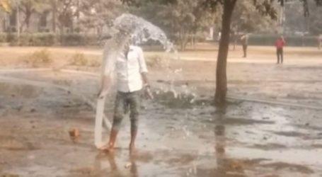 नोएडा पुलिस की अजीब चाल:नमाजियों को रोकने के लिए पार्क में भरवा दिया गया पानी
