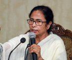 गुस्साई ममता ने EC से पुछा  हिंदू-मुस्लिम करने पर प्रधानमंत्री के खिलाफ कितनी शिकायतें दर्ज हुईं?